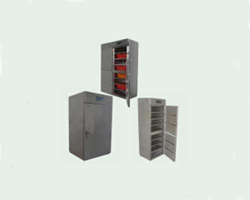 多功能瓶盖消毒柜及工作服消毒柜